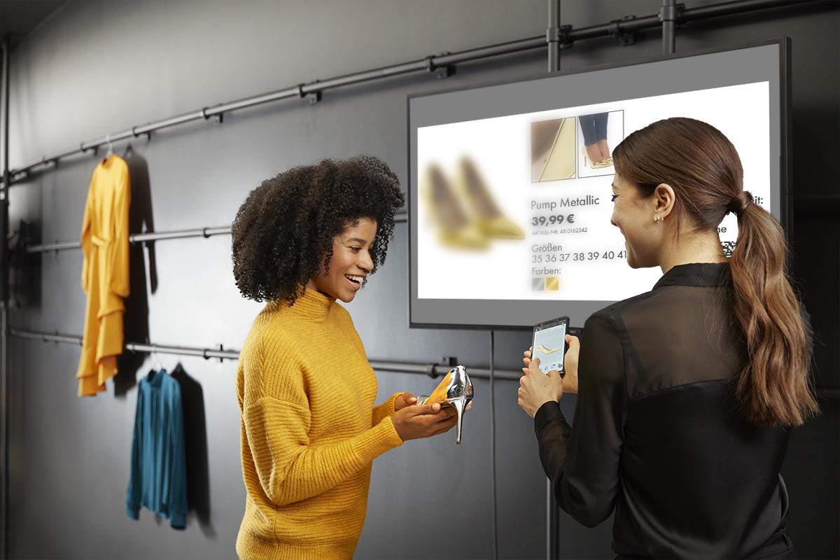 Verkaufsberatung mit Digital Signage und InStore Assistant