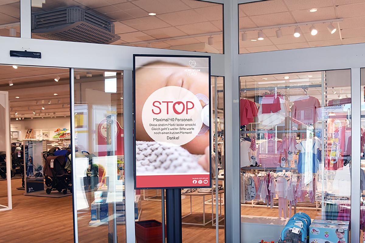 Digital Signage und Einlasskontrolle bei BabyOne