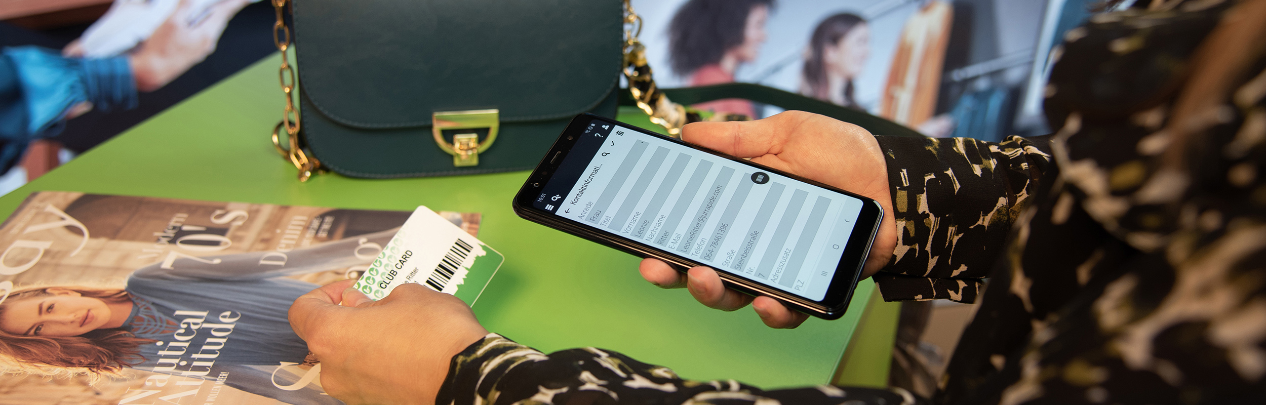 Scannen einer Kundenkarte mit dem InStore Assistant